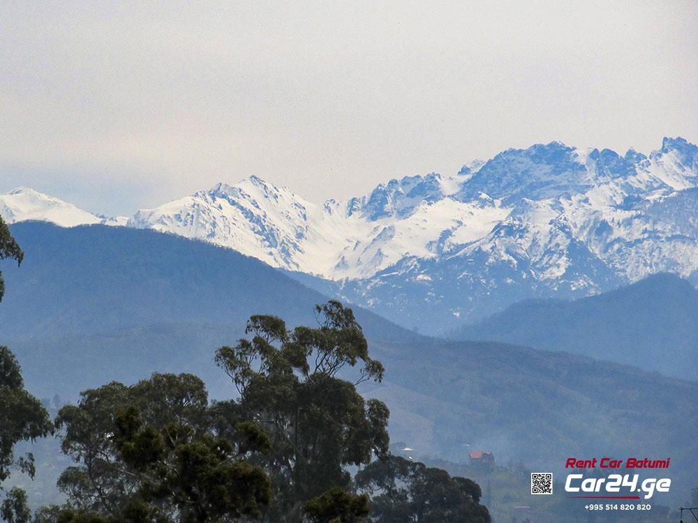 поездка в горы Казбеги